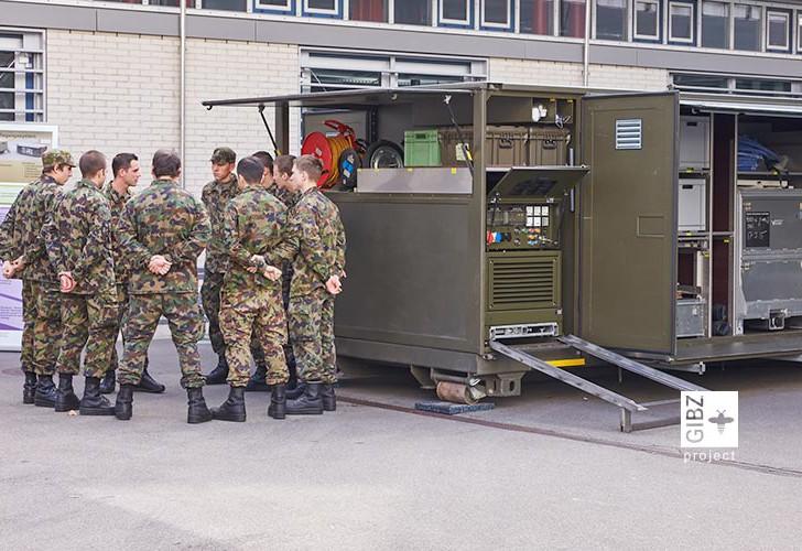 Die Schweizer Armee kocht am GIBZ – Fotoimpressionen