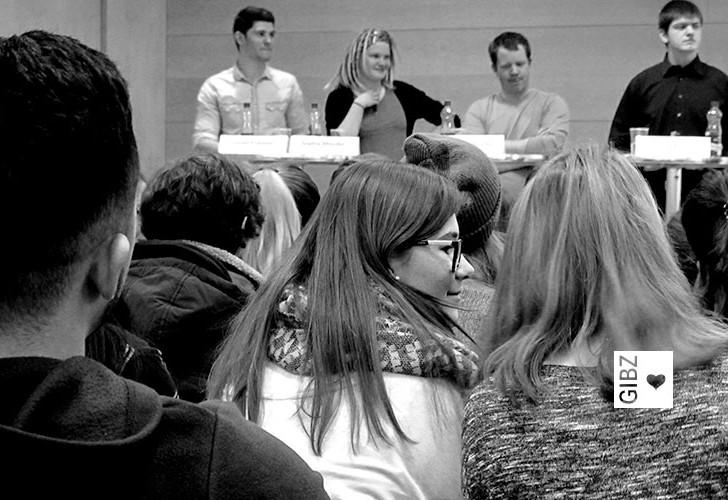 Ausschaffen ohne Wenn und Aber? Zweite Gotthardröhre?  – GIBZ-Podiumsdiskussionen zu den Eidgenössischen Abstimmungen