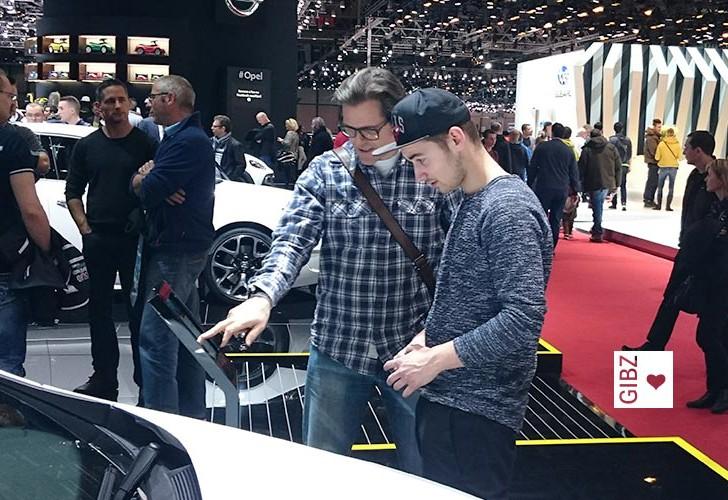 Die ATAA1 besucht den Auto-Salon in Genf