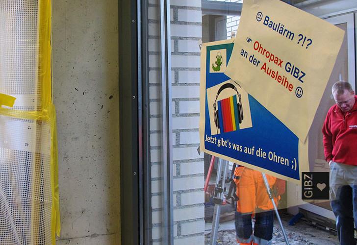 Wir sind auch eine Baustelle – in der GIBZ-Mediathek stüübts & lärmts