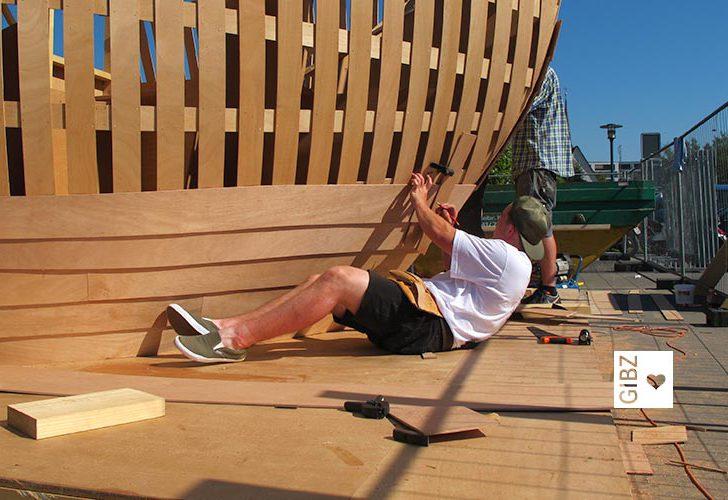 "Work in Progress – das Kunstprojekt ""Ship of Tolerance"" entsteht mit GIBZ-Beteiligung"
