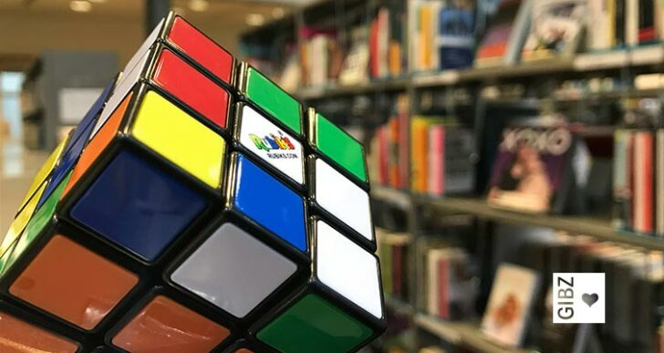 Kein Zauber, aber eine Hexerei – Rubik's Cube neu in der GIBZ Mediathek