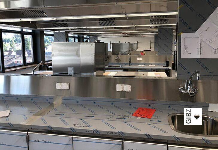 Nouvelle Cuisine#07 – die ÜK-Küche am GIBZ wird zur Ausbildungsküche umgebaut