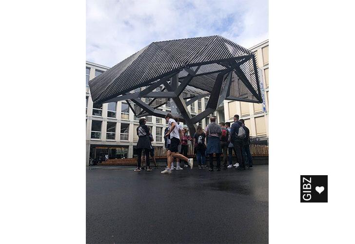 Au revoir Paris – Bonjour Lausanne: Exkursion der Schreiner SR4 und ein Blick zurück…